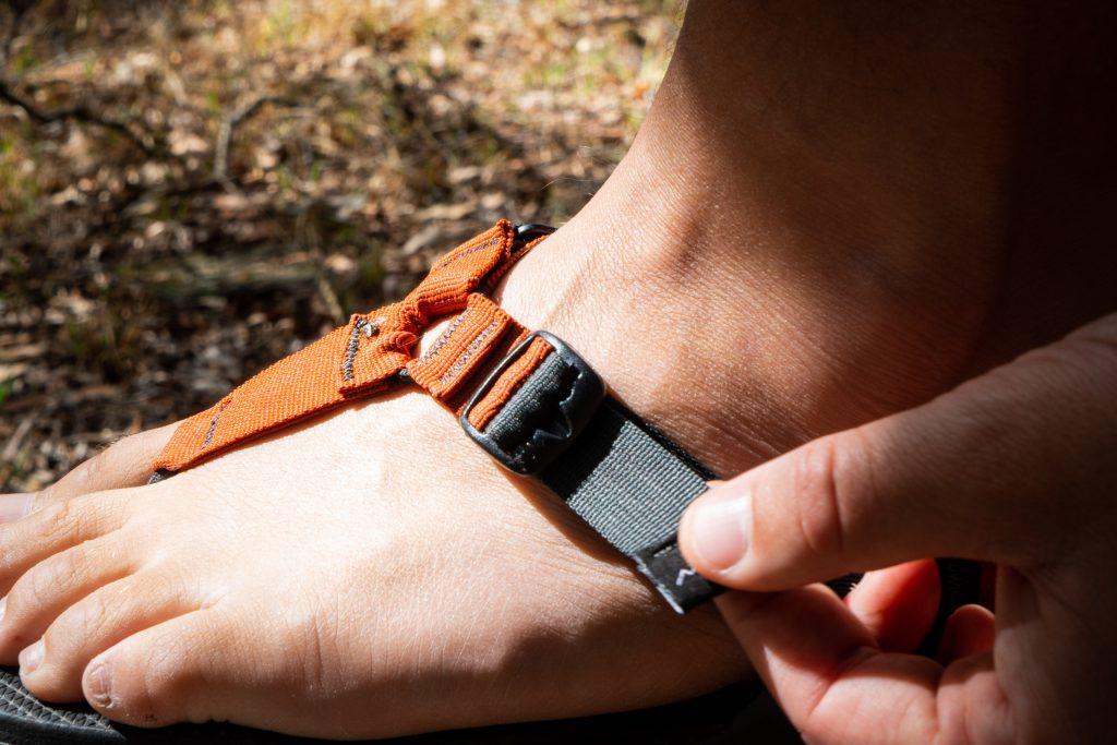 adjusting the cairn pro sandals