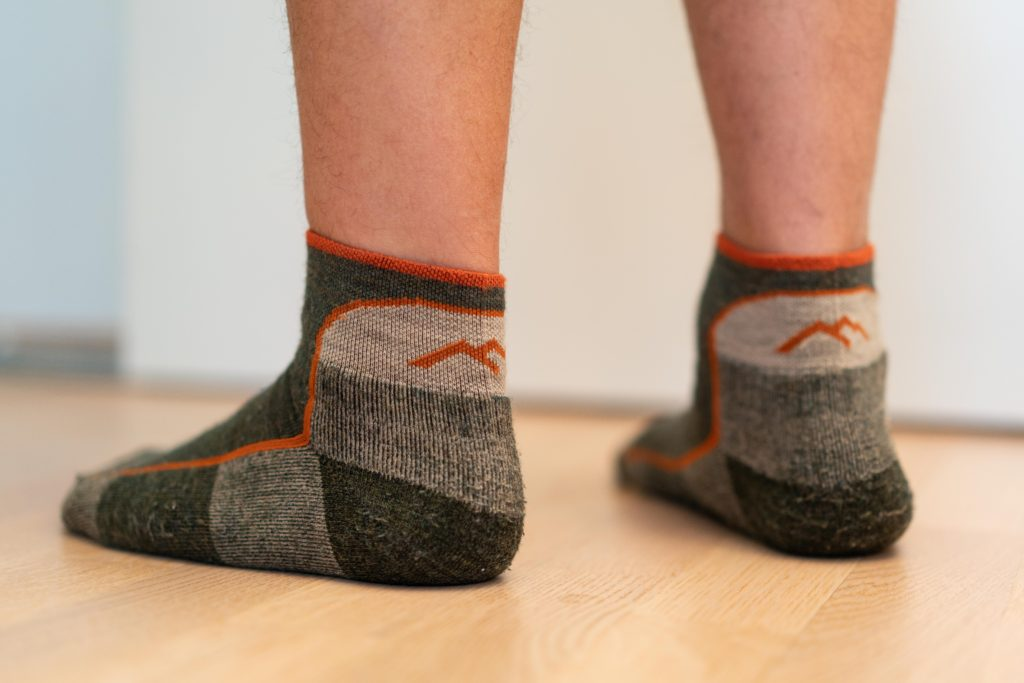 darn tough hiking socks