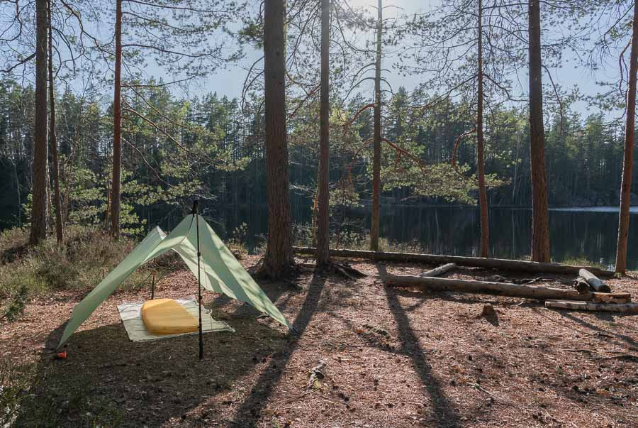 sil-nylon tarps for budget backpacking